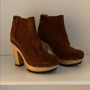 Polo Ralph Lauren brown suede boots